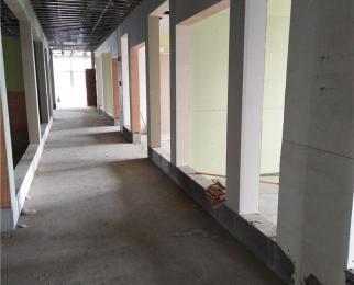 宁杭高速出口 东外南面 1100平整层写字楼出租 可分割