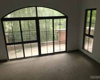 金太阳鹭港5室3厅4卫320万元270平方