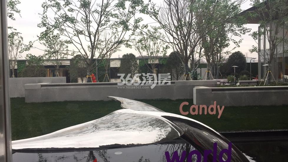 华侨城翡翠天域项目售楼处内(2.26)