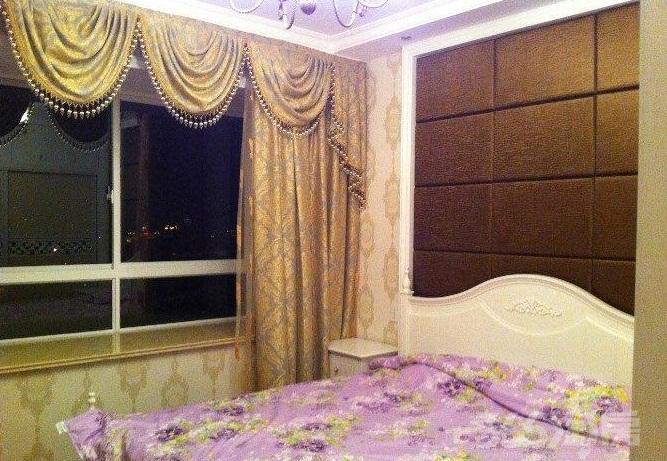 星城洛河5室3厅4卫217�O2009年产权房豪华装