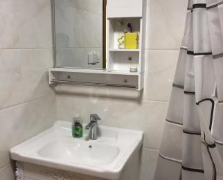 东�Z家园2室2厅1卫78.98平米简装整租