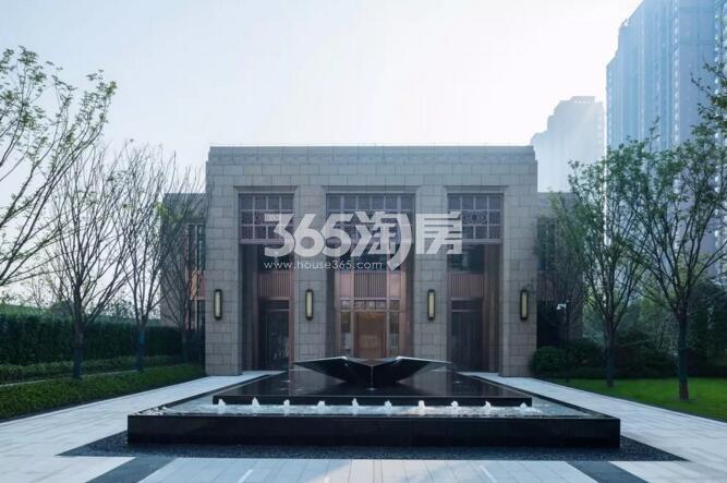 滨湖金茂悦售楼部正门实景图(2018.2.28)
