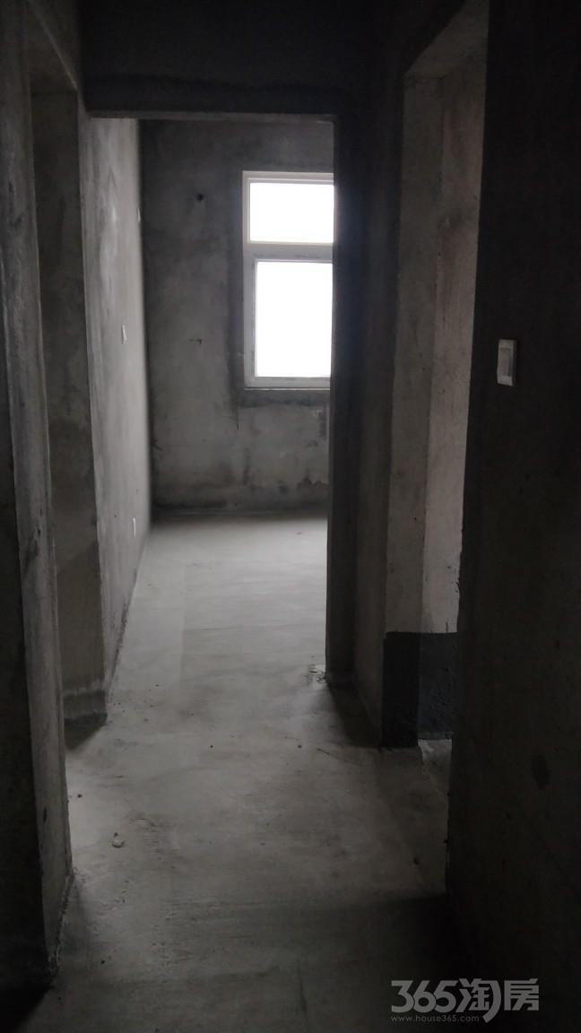 林溪湾3室2厅2卫118平米2017年产权房毛坯