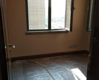 恒大龙珺4室2厅2卫133平方米495万元