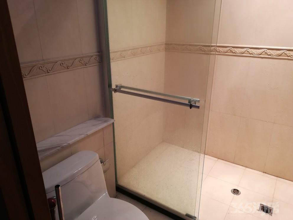 钱龙尊邸1室1厅1卫47平米整租精装