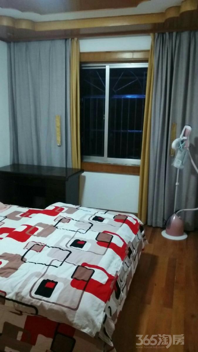 长盛园3室1厅1卫94平米整租精装