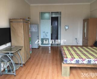 中央城C区ca单身公寓 室内整洁干净 安心入住 业主诚