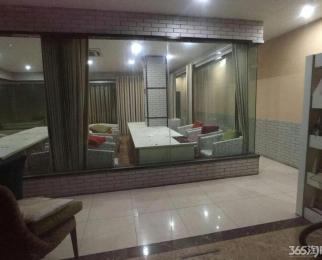 苜蓿园地铁口南京农业大学旁一楼900整租