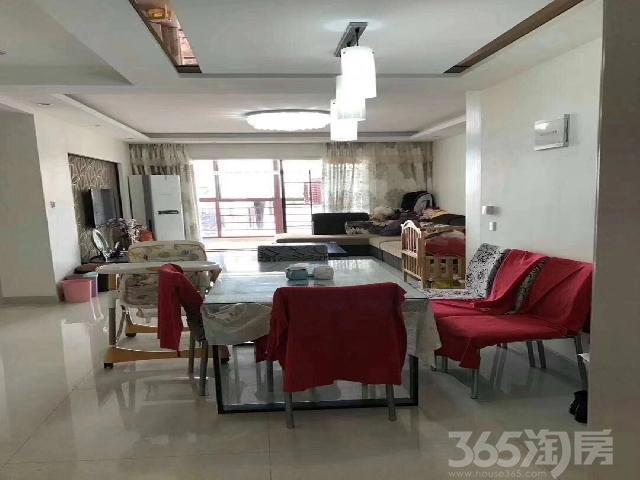 时代广场3室2厅1卫113�O2009年产权房精装