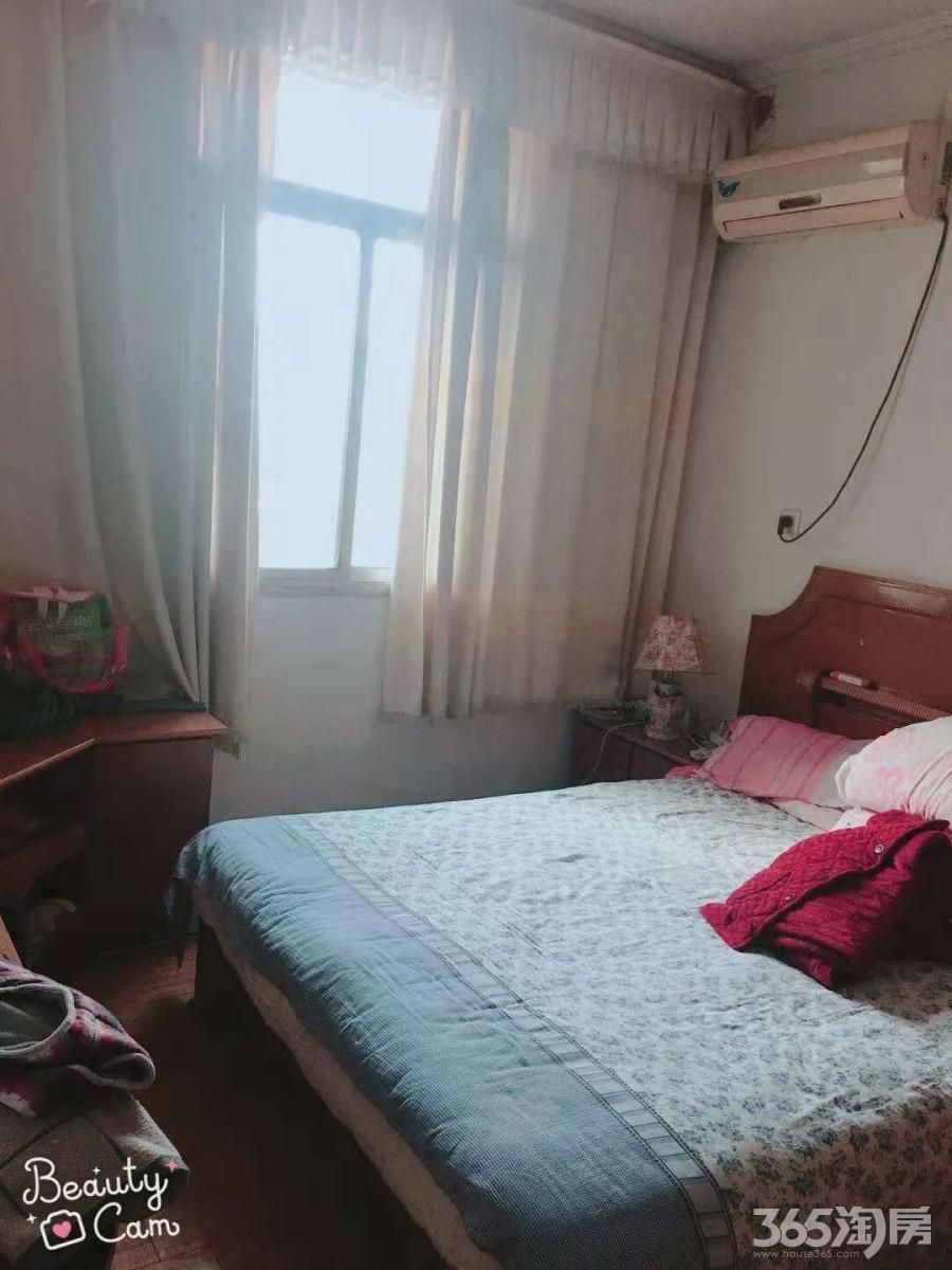 杨家园2室1厅1卫70平方产权房精装