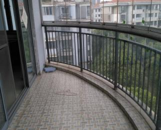 都宝花园4室2厅1卫143平米整租精装