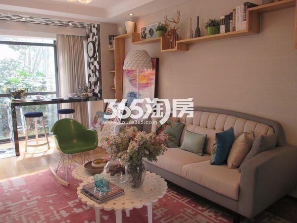 国润城A3号楼LOFT39.58平米样板间客厅