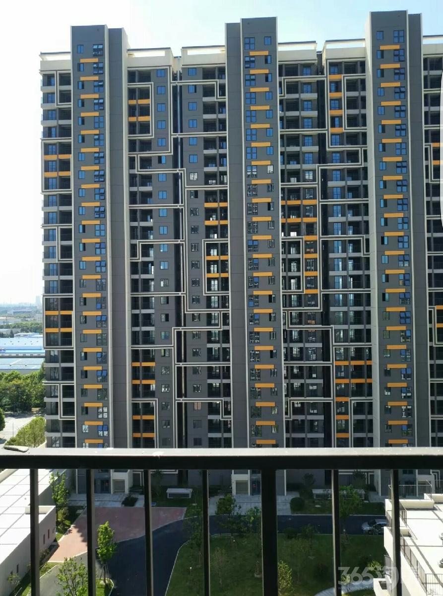 驰望七里楠花园3室1厅1卫91.95平米2017年产权房毛坯