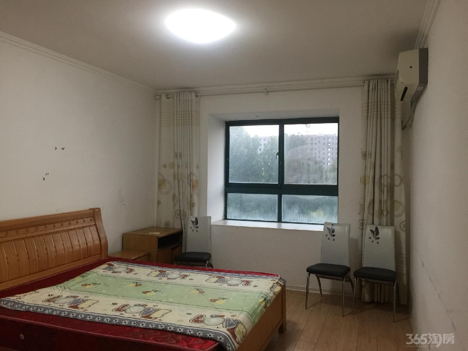 九龙城市乐园3室2厅1卫128平米整租精装