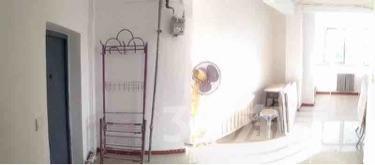 泰山小区1室1厅1卫37平米精装产权房1990年建满五年