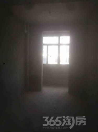 帝景园3室2厅1卫108平米毛坯产权房2014年建满五年