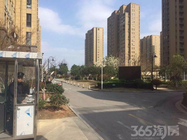 万达商圈,2号线地铁沿线 中天和景苑,品质小区,精装