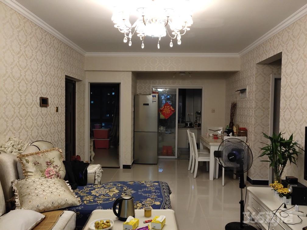 四季金辉3室2厅1卫87.24平,个人房子,精装