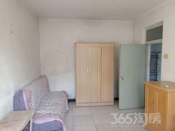 新建里2室1厅1卫58平米整租简装