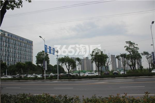 龙湖北宸星座周边道路(7.23)