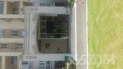 诚心出售碧桂园滨湖城110平米精装房,已满两年。