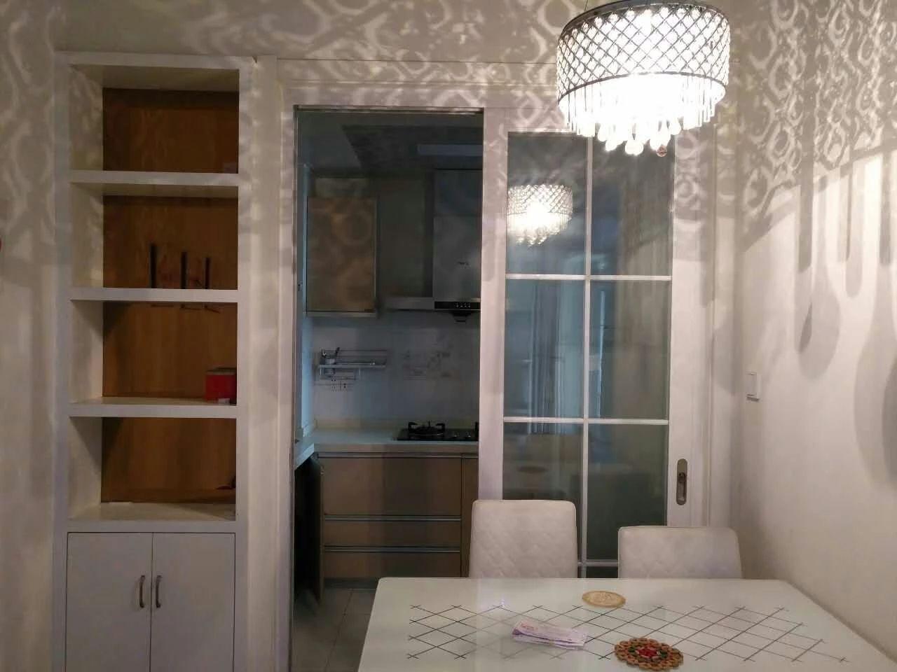 中环城紫荆公馆2室1厅1卫70平米整租豪华装地铁