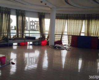 百家湖 胜太路沿街边户 地铁口 适合教育培训美容健身