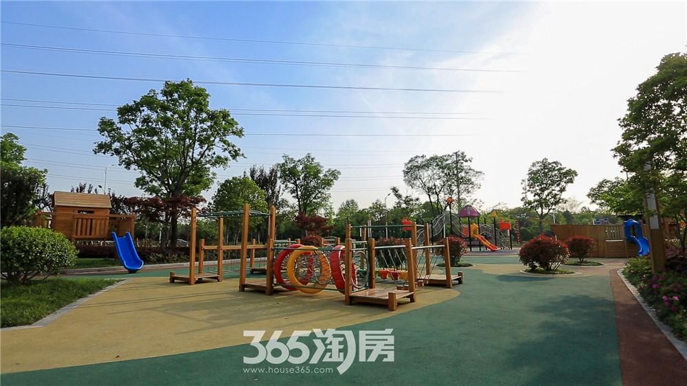 金都檀宫小区实景图(2020.6月摄)