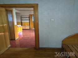 舞台街小区3室1厅1卫92㎡整租中装