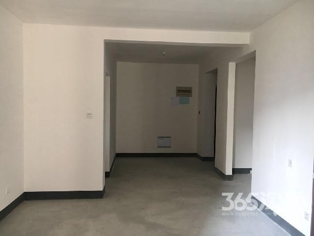 世茂香槟湖四期2室2厅1卫81�O2017年产权房毛坯