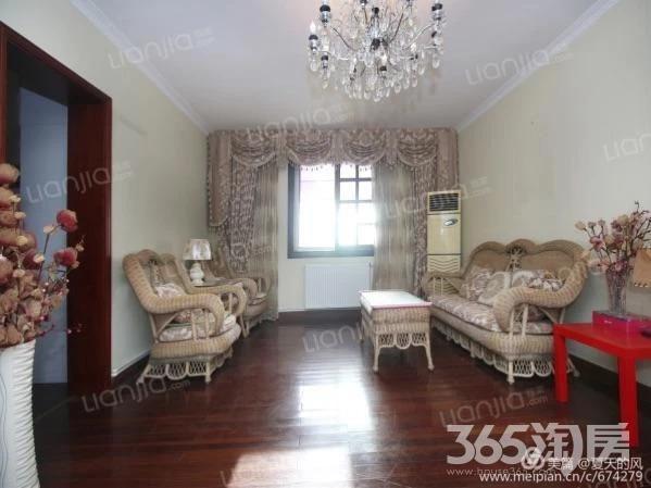 新亚苑3室2厅1卫114.39平方产权房精装