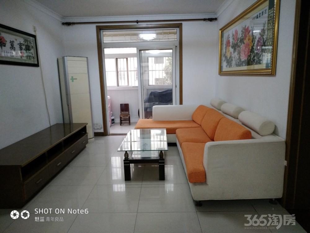 和顺仁居3室1厅1卫100平米整租精装