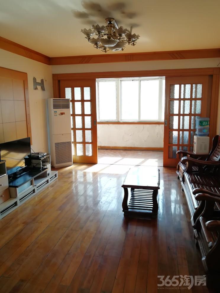 何山花园2室2厅1卫110平米整租中装