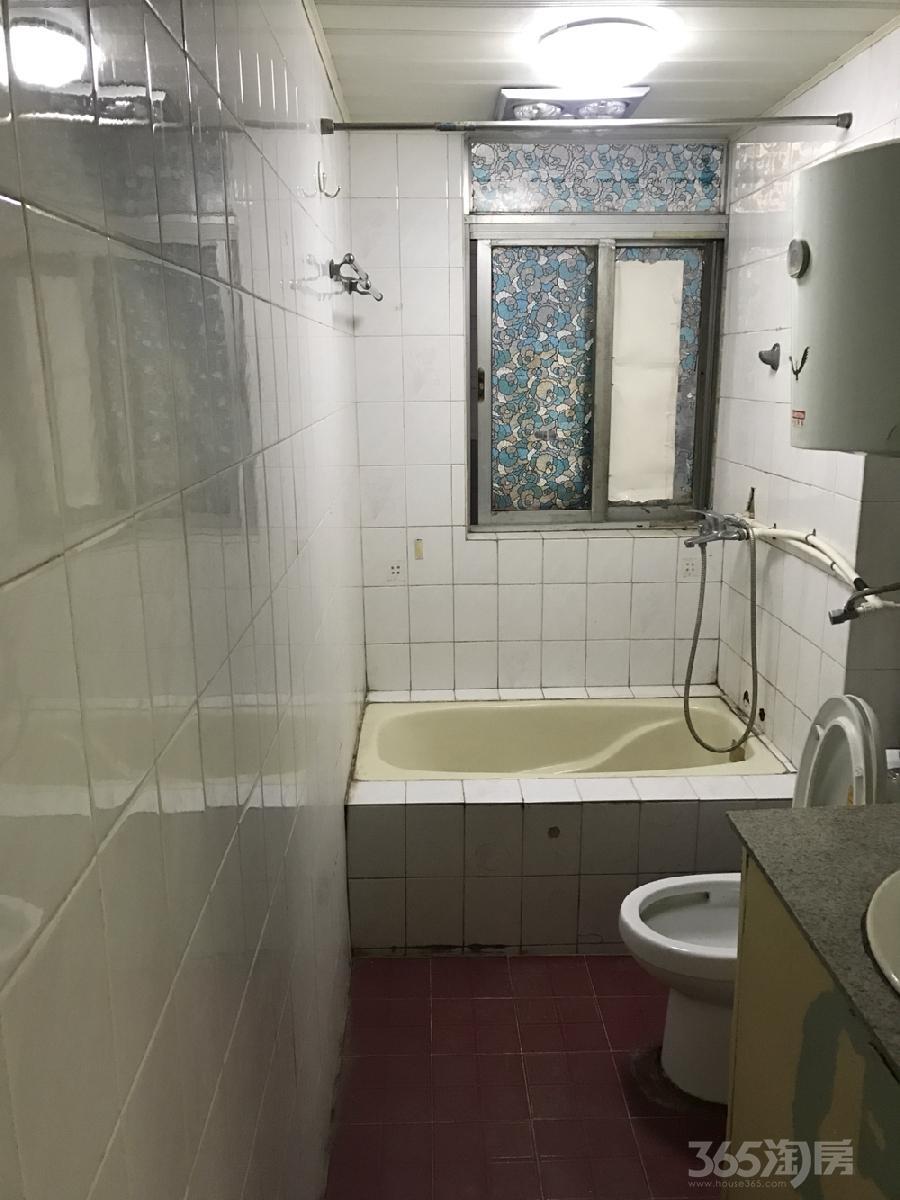 茶山公寓3室1厅1卫80平米整租中装