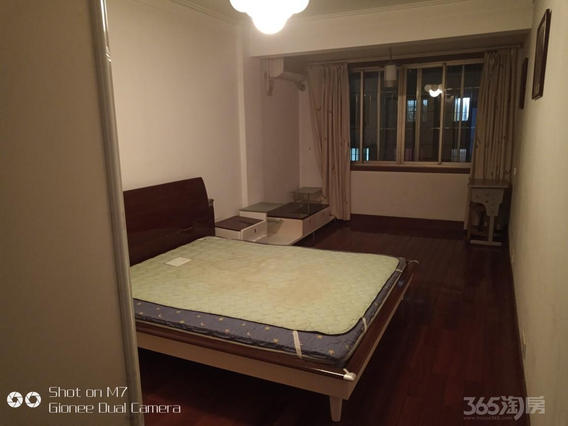 江南新村3室2厅2卫110平米整租精装