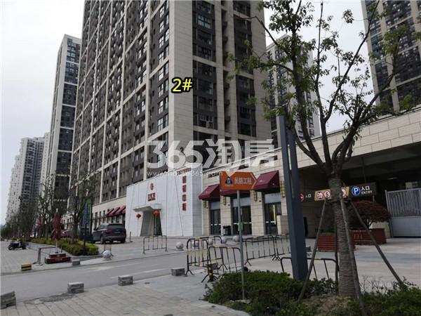 东方万汇城2#底商实景图(3.25)