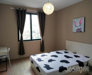 房间可短租免中介费女生优先左邻右里3室1厅1卫20平米精装