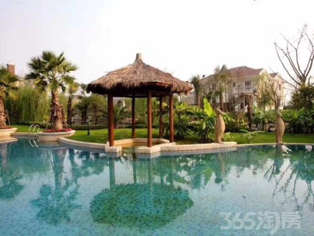 距上海虹桥15公里,赠送超大花园500平,超低容积率0.29