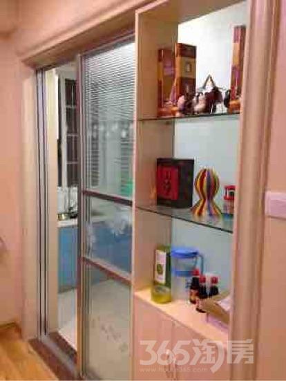 上河时代2室1厅1卫102平米整租精装