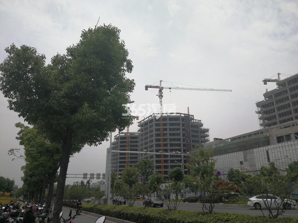 世茂城品国际广场实景图