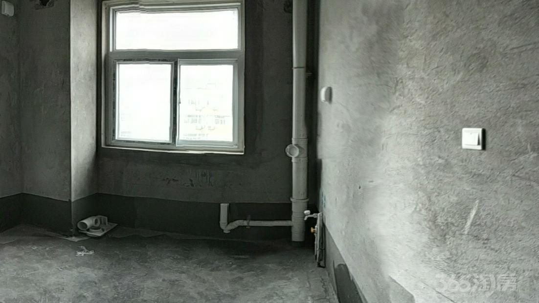 林溪湾2室2厅1卫62平米2017年产权房毛坯