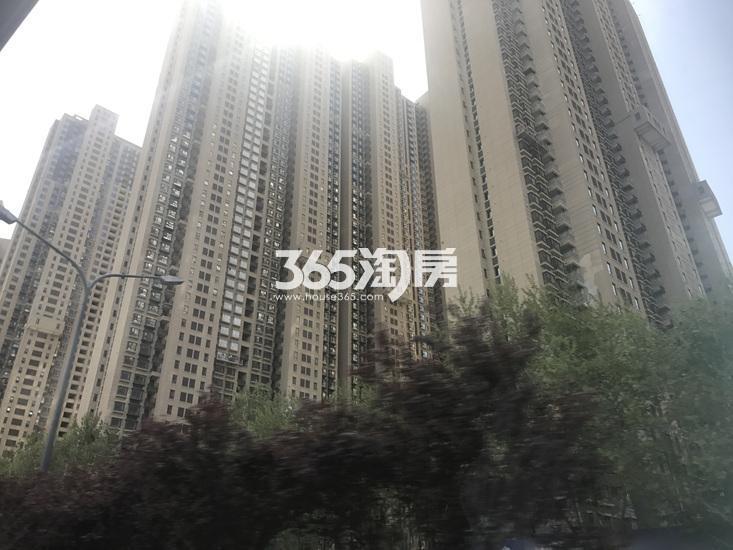 世茂外滩新城项目实景图(06.19)
