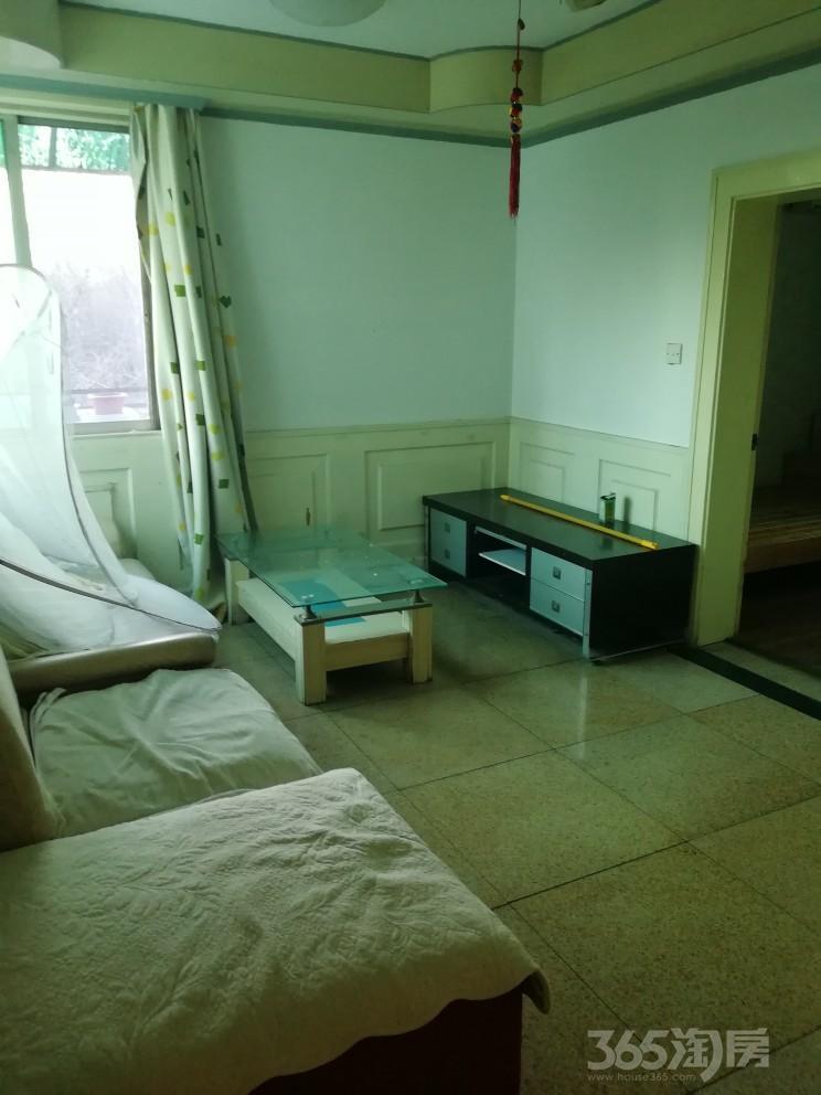 馨泰花园3室2厅1卫60平米整租简装