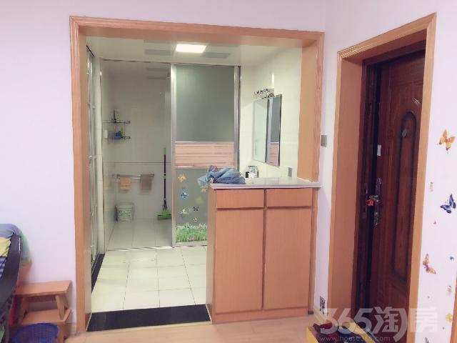 慈湖河小区2室1厅1卫96�O2012年满两年产权房中装