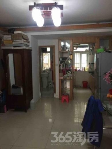 北京东路土壤所2室1厅1卫67平米整租精装