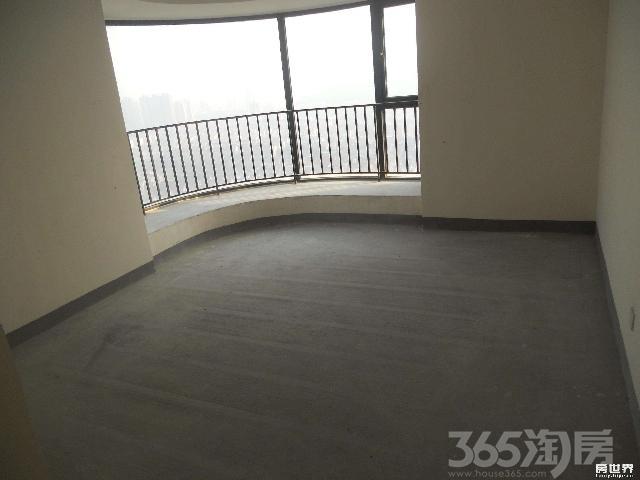九龙湾润园3室2厅2卫107�O2012年产权房毛坯
