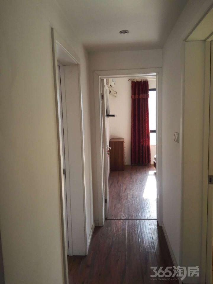 太阳花园2室2厅1卫113平米整租精装