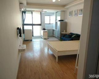 万汇国际公寓 精装单室套 急租 室内家电齐全 可随时拎包