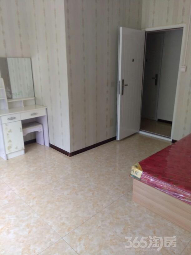 融创洞庭路壹号4室1厅4卫96平米合租精装