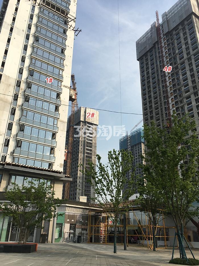 万科融信西雅图1、2、4号楼施工进程(2018.4)